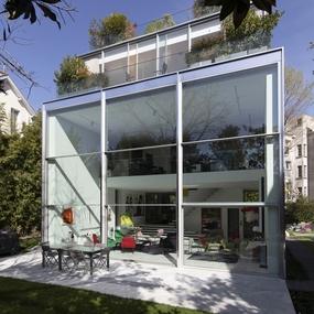 Maison contemporaine région parisienne guillotines & pivotante Vitrocsa<br />© francoismarechal